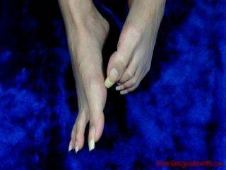 feetgoddess99 lang, ungeschliffen Fußnägel