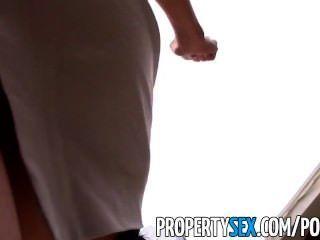 propertysex - sexy asiatische Immobilienmakler ausgetrickst in Sex-Video machen