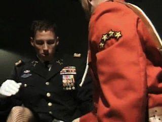 Männer des Militärs