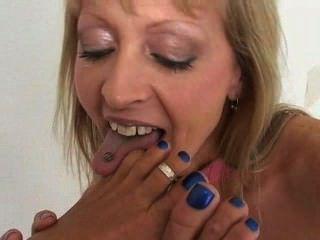 lesbische Füße lecken und Zehen saugen