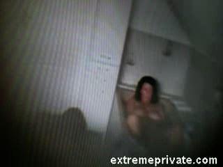 meine Mutter fingern in Bad auf Spy-Cam gefangen
