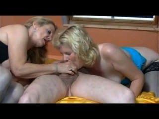 zwei heiße Deutsch reift mit einem Kerl