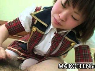 Mayu Nakane - jugendliche japanische harten Schwanz genießen