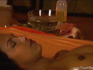 wutanfälle lesbische Massage für Frauen