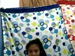 Filipinamädchens 21 ihre schönen Brüste auf Cam Berei