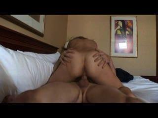 meine Frau für Porno 11 - Szene 1