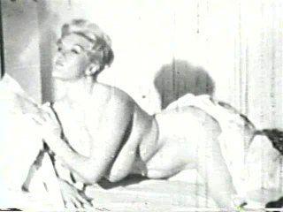 Softcore nudes 566 40er bis 60er Jahre - Szene 2