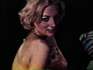 Softcore nudes 125 60er und 70er Jahren - Szene 4