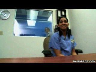 ziemlich indisch jugendlich, für mehr Videos besuchen cutt.us/i29e