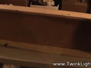 vamp Twinks hinter der Bühne vor dem Dreh