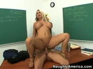Lehrer fuck - Holly Halston