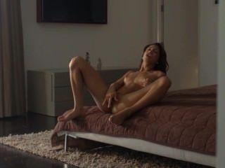 nass Orgasmus der exotischen Schönheit necken