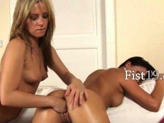 coeds lieben tief vaginal Fisting