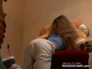 cute teen in Webcam - Folge 341