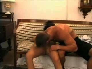 heiße Muskel Kerl, Pavel Novotný fickt veronica Vanoza auf der Couch