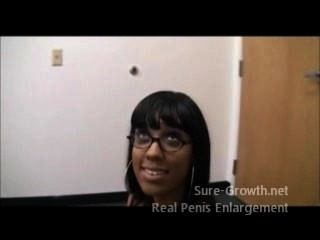 schwarze Frau wird für ihren neuen Job gefickt