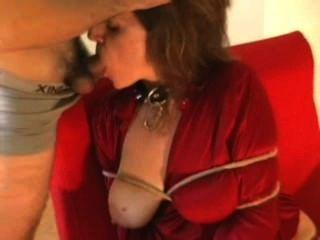 heiße Frau abgeseilt und gefickt Teil 1
