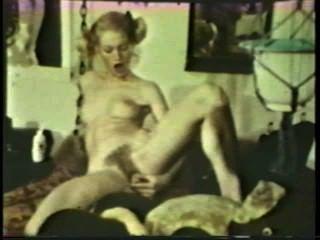 lesbischen Peepshow Loops 533 der 1970er Jahre - Szene 2