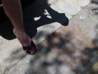 Plattformen Sandalen Keile sexy Beine und Füße