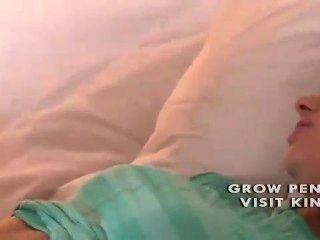 Nerven Teens Muschi nass Wesen von älteren Lesben fri geleckt Einweichen