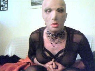 mit meiner weiblichen Maske