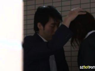 Japanische Schullehrer durchgevögelt