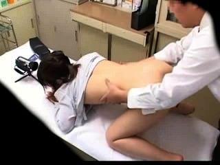 spycam Schülerin von Arzt 3 mißbraucht
