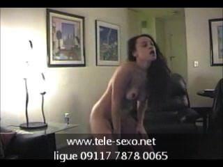 Amateur-Mädchen tanzen nackt tele-sexo.net 09117 7878 0065
