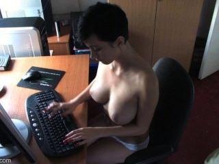 downblouse kim - boobslovin Video # 2