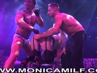 Norske porno monica har live sex på Sexhibition i oslo verrückt monicamilf