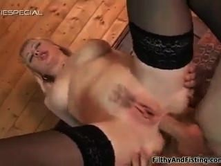 flirty Milf anal Fisting