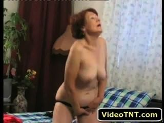sexy reife Milf Oma Porno Fick nackt Masturbation Sex xxx Kitzler Muschi fuc