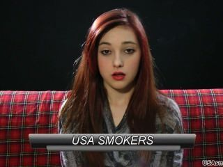 leah - entzückende Rauchen Modell