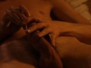 schwedische Sexualerziehung - wie ein Kondom zu benutzen.