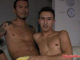 2 Homosexuell latins ficken bareback