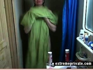 hidden cam meine showering mum 44 Jahre