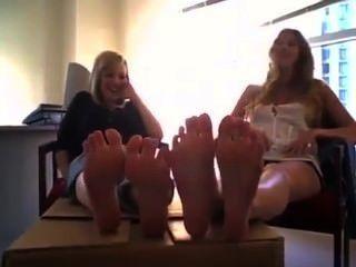 stinkende Fuß necken
