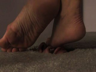 Gesicht in den Boden
