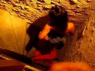 ejac sur ma meuf abspritzen Schlampe francaise escaliers
