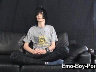 heißen Homosexuell Szene leo ist auf jeden Fall die Definition von emo. lange Ebenholz
