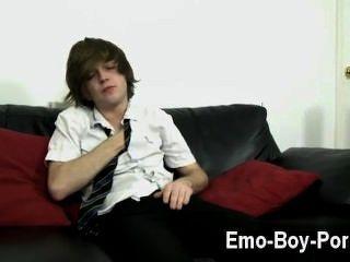 erstaunlich Homosexuell Szene hot emo boy tyler Bogenschützen gibt uns seine volle Aufmerksamkeit