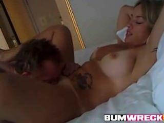 Amateur reifen mit großen Titten Pussy geleckt und gefickt