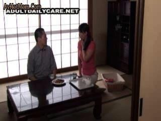 japanisch anal MILF und ein Typ mit einem Privatlehrer