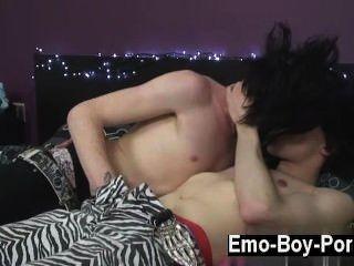 heißen Homosexuell Szene zaccary Kunststoff zeigt, wie überlegen er in das sein kann