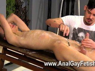 Homosexuell xxx adam ist ein echter Profi, wenn es um die Verletzung in geile neue kommt