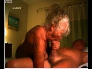 Genitalmassage - altes Ehepaar