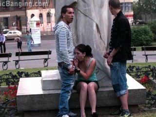 teens öffentlichen Straße Sex-Orgie von einem berühmten Statue Teil 2
