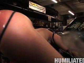 Charley Chase in der Garage humilited