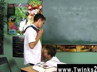 Homosexuell Clip von Dustin Revees und leo Seite sind zwei Schüler stecken in