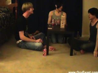 Homosexuell ficken Spur und William bekommen zusammen mit ihren frischen Freund Austin